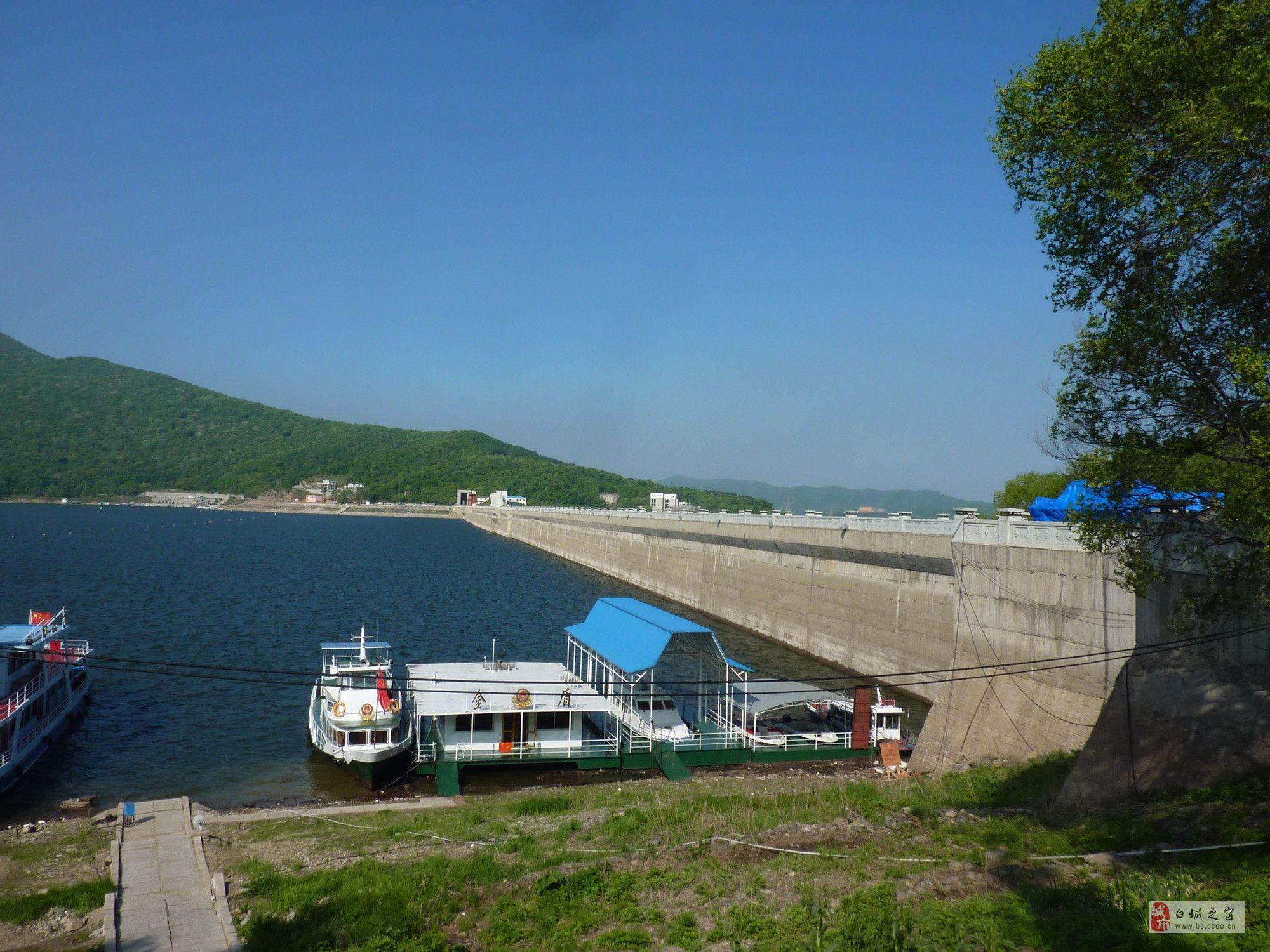 哈尔滨,五大连池,镜泊湖,长白山三卧7日 t1:松花湖,魔界风景区,长白山